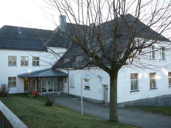 Schulhaus Fichtelberg