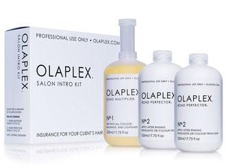 Auf dem Bild sind Olaplexprodukte zu sehen.