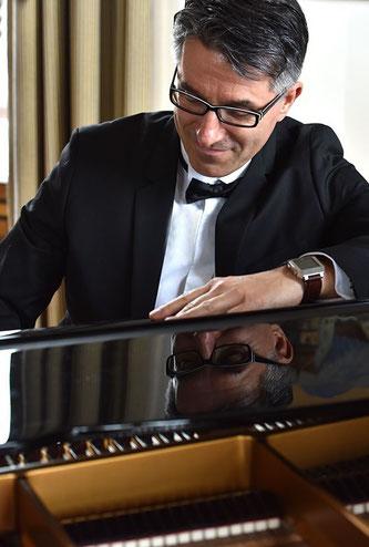 Live Klaviermusik zum Dinner