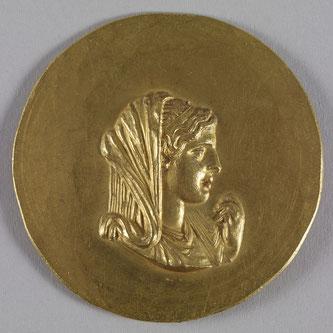 La reina Olimpia, madre de Alejandro.