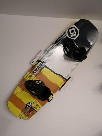 Wandhalterung Wandmontage Wakeboard horizontal vertikal Halterung Obrien wall mount LED Beleuchtung beleuchtet