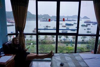 Unser Hotel direkt am Hafen von Cat Ba