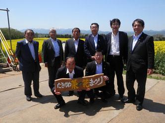 滝川の姉妹都市栃木市の市議会議員8名が行政視察で来られました。