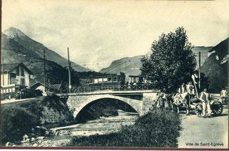 L'ancien tram sur le Pont de Vence