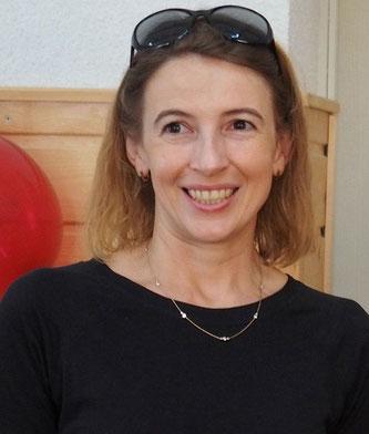 Lesja Levko (l), Vizedirektorin CAMZ und Übersetzerin, verheiratet und Mutter zweier Töchter.