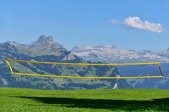 Bergwiese als Spielfeld