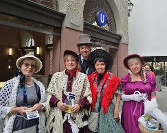 Kostümgruppe aus Dribbdebach © mainhattanphoto/Leitzbach