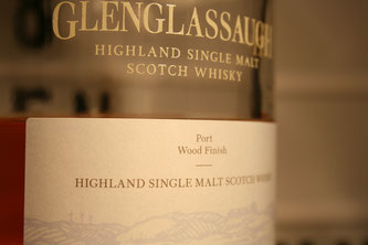 Glenglassaugh Port Wood Finish Flasche und Etikett.