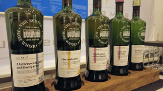 SMWS Line Up Whiskyflaschen