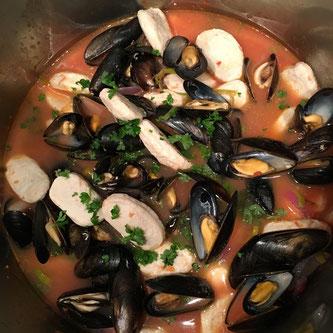 fiskeboller oppskrift bouillabaisse hyttemat fiskekraft blåskjell