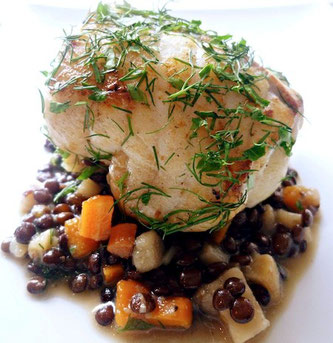 Kjøttfri mandag stekt fisk linser hverdagsmat urter