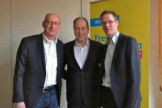 v.l. Hermann Ludewig (Kreisvorsitzender), Dr. Joachim Stamp (MdL), Thorsten Baumgart (stellv. Kreisvorsitzender)