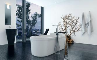 Höherer Pflegeaufwand, dafür keine kalten Fliesen: Parkett im Bad. Foto: Fotolia.com
