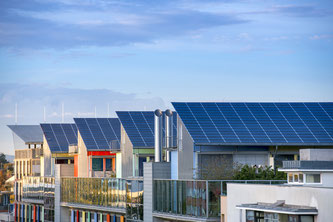 Nachhaltigkeit ist auch im Dachbau ein wichtiger Faktor. Foto: Fotolia.com