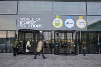 Die WORLD OF ENERGY SOLUTIONS rückt 2016 die smarte Verknüpfung der Energie und Mobilitätswende in den Mittelpunkt. Foto: Messe Stuttgart