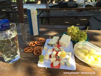 Pfalz Riesling Schorle Dubbeglas Picknick Schmackerl Genuss Ausflug Tour Lebensfreude Lebenslust