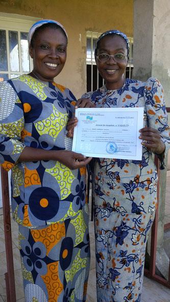 Mission Kongo | Lycée Magnificat - auf dem Foto sind unsere Projektpartnerinnen Cyprienne und Louise