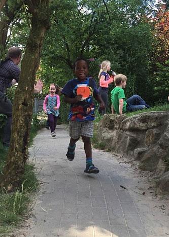 Mission Kongo: Spendenlauf für Afrika an Kindergärten und Schulen