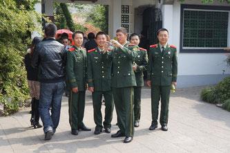Nur wenige Beziehungen in China sind ähnlich eng wie die der Kameraden aus der gemeinsamen Militärzeit.