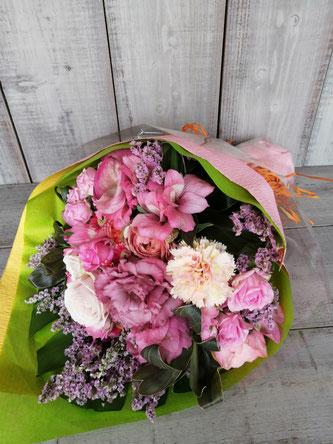 港区六本木のスタジオにお届けした撮影用花束