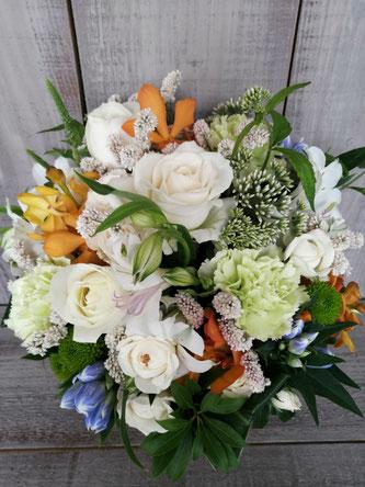 渋谷区広尾のスタジオにお届けした誕生日の花