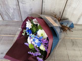 品川区上大崎にお届けした男性用花束。