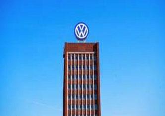 er den größten Autobauer erfolgreich in die Zukunft fährt, darin ist man sich in Wolfsburg erstaunlich uneinig. Bis hin zum Vorstandschef. (Foto: Shutterstock)
