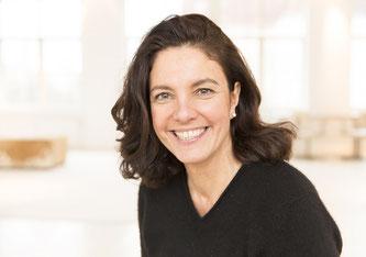 Dr. Christine Wichert ist Deutsch-Schweizer Doppelbürgerin, verbrachte die 1. Welle in Taiwan, doziert Markenführung an der Hochschule Luzern und berät Firmen zu strategischer Markenführung