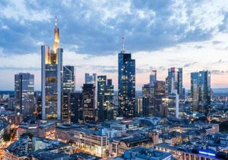 Stark steigende Kreditrisiken: Der erneute Lockdown setzt den deutschen Banken zu. (Foto: engel.ac / Shutterstock)