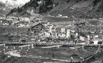 Die Erinnerung ist immer  noch wach: Vor knapp 70 Jahren – in der Nacht vom 19. auf den 20. Dezember 1947 – explodierte das riesige Munitionsmagazin in Mitholz. Dutzende zerstörte Häuser, mehrere Verletzte und neun Todesopfer waren die Folge.