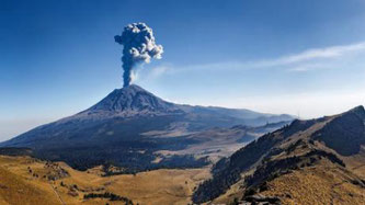 Der 5400 Meter hohe Popcatépetl ist einer der aktivsten Vulkane Mexikos. Kurz vor dem Ausbruch.