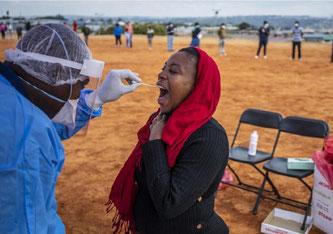 Mindestens 3100 Menschen seien an Covid-19 gestorben, teilten die Africa CDC mit.