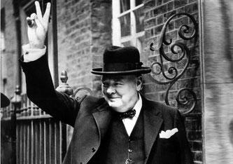 """Winston Churchill """"Ich habe nichts zu bieten außer Blut, Mühsal, Tränen und Schweiß"""""""