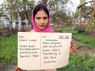 Zurzeit erhält das Seco viel Post aus verschiedenen Ländern - auch aus Nepal. • Bildquelle: Fastenopfer
