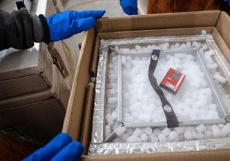 Bei der Kühlung kommt Trockeneis zum Einsatz. ©VBS/DDPS, Clemens Laub ZEM
