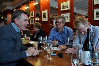 Urs Heinz Aerni im Gespräch mit Andreas Meier und Markus Utiger (Fotos: Salomé Meier)