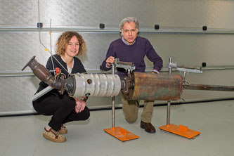 Viola Papetti und Panayotis Dimopoulos Eggenschwiler berechneten, wann ein Katalysator z.B. in einem Plug-in-Hybridauto nach einem Kaltstart zu arbeiten beginnt. Bild: Empa