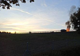Autobrand auf A1 (Foto: S. Käser)