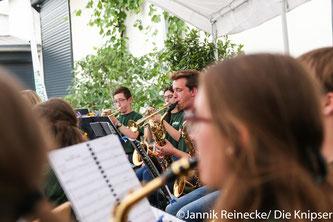 """Das Wonnegauer Blasorchester boten musikalische Darbietungen unter dem Motto """"Filmhits""""."""