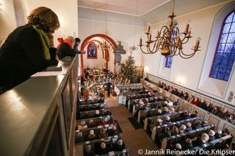 Viele Besucher, aus verschiedenen Städten betraten am Sonntagnachmittag die schöne Osthofener Bergkirche.