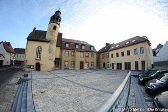 """""""Noch"""" Rathaus Osthofen."""