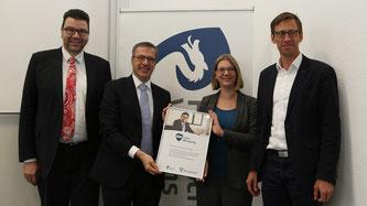 Im Rahmen einer Pressekonferenz schlossen die Hochschule Worms und die Snapview GmbH aus Mannheim einen Kooperationsvertrag. (Foto: Hochschule Worms)
