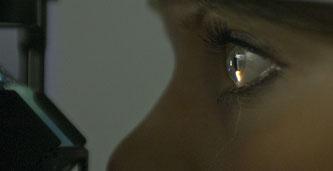 Faszination Auge und Kontaktlinse. Bitte auf das Bild klicken.