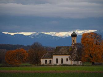 Kapelle bei Raisting. Foto: Winter
