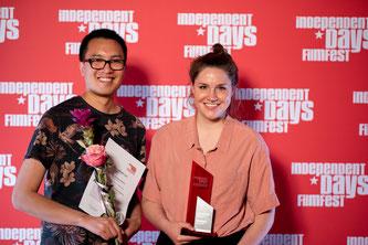 Filmemacher schätzen die Festivalatmosphäre der Independent Days und genießen es, auf dem Red Carpet im Rampenlicht zu stehen. (Bild: fugefoto)