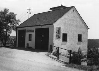 Das Feuerwehrgerätehaus mit Trockenturm, zur damaligen Zeit nach modernstem Standard erbaut