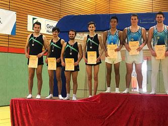 Marc Ruiz Moreno (2 v. l.) mit seiner Mannschaft