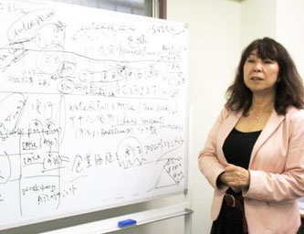 IT業界におけるプロジェクトマネジメントの課題を説明する永谷さん