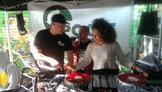Sponti DJ-Workshop mit POK und Planet Hop-Amigo WinneOneTwo