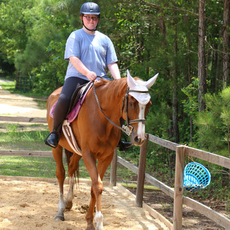 Girls who love horses and horseback riding in Camden, South Carolina